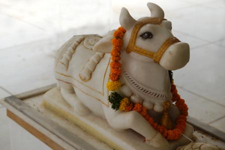 nandi-with-lord-shiva